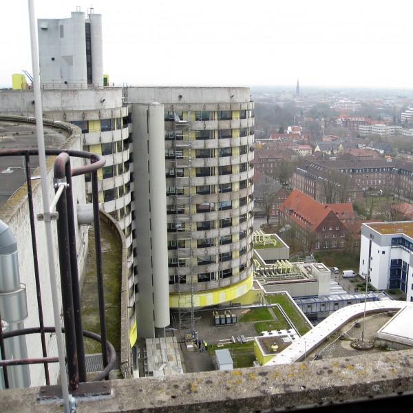Thumbnail for Demontage von Stahlbeton-Fundamenten / Fenster-Schnitt in Stahlbeton